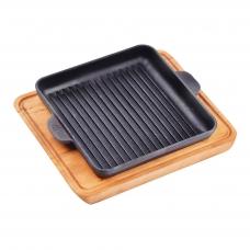"""Ketaus grill keptuvė su mediniu padėklu Brizoll """"HoReCa"""" 18x18 cm"""